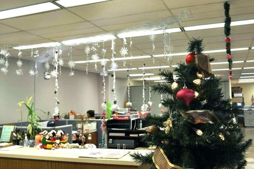 office-decorating-themes-theme-cubicle-decoration-ideas-for-corporate-christmas-contest-decora