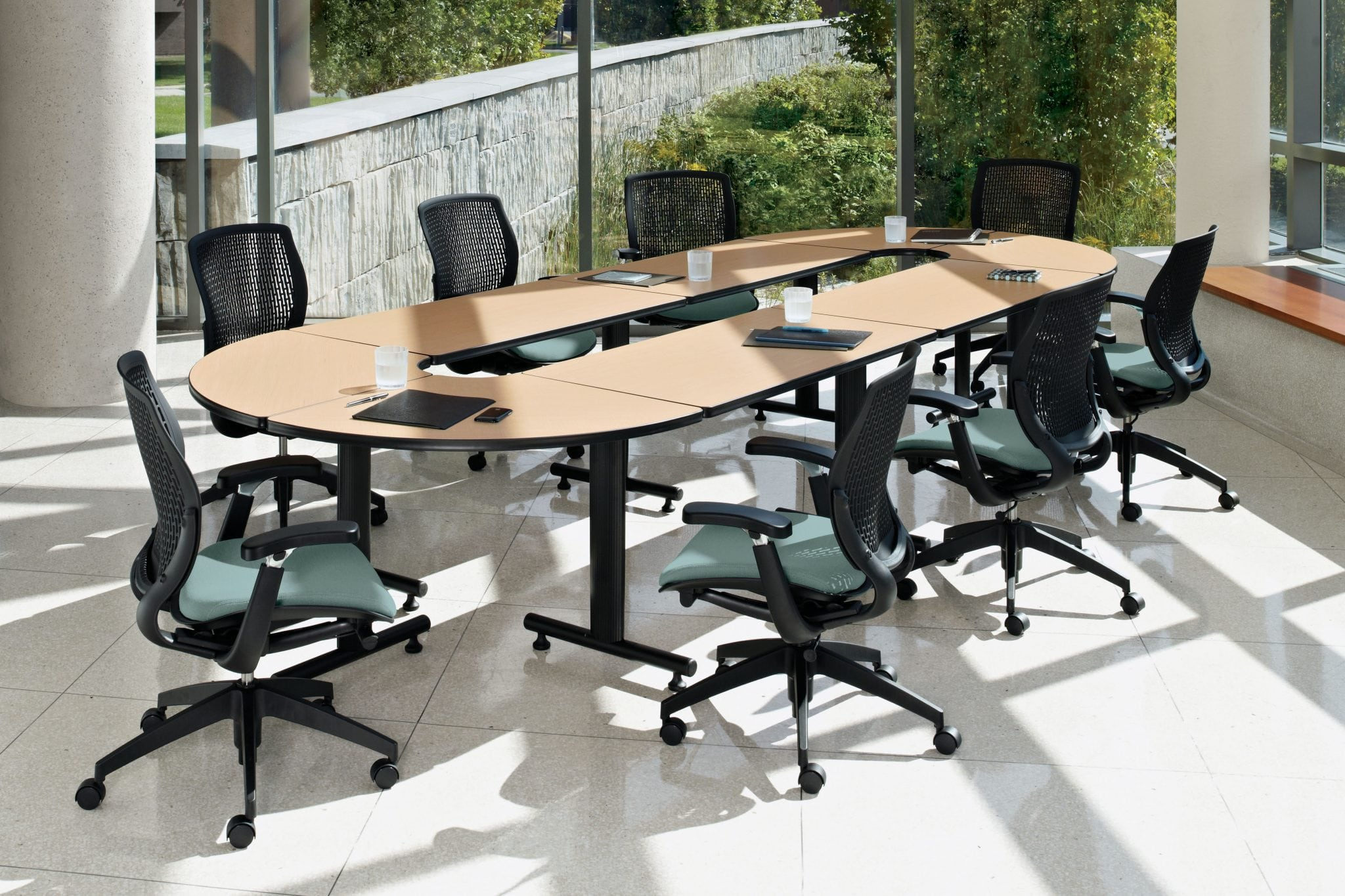 ConnecTABLES is an affordable, highly flexible modular system of linking and freestanding tables.