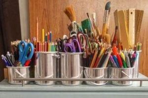 Uncluttering Your Desk organization hacks