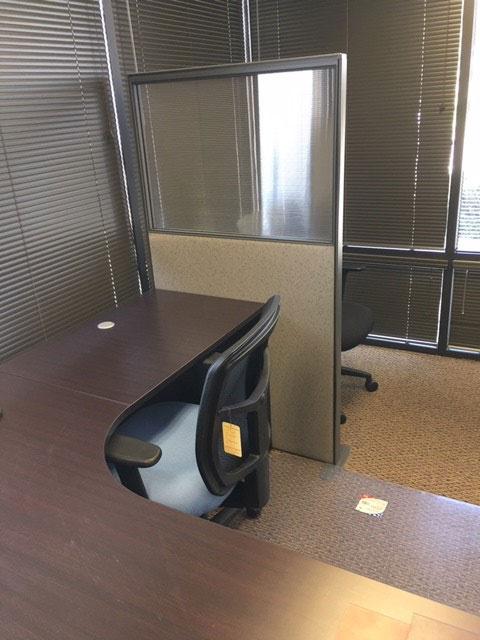 cubicle-divider-panel-glazed