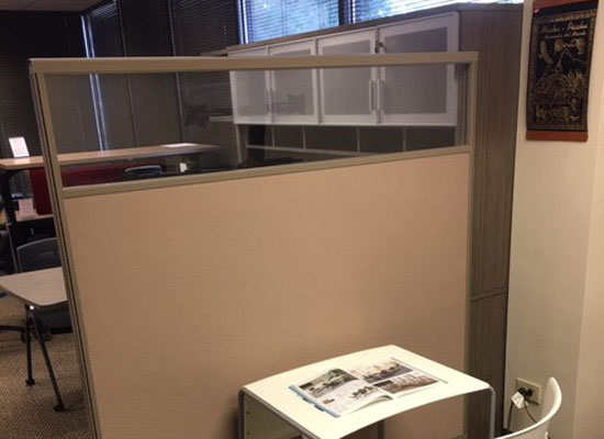 glass topped cubicle dividers