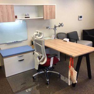 How do I pick a desk color?